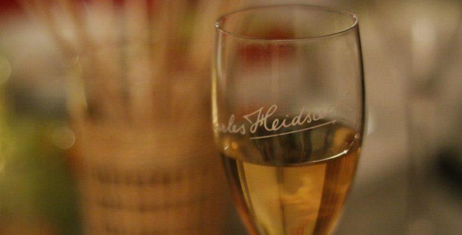 champagne and premium sparkling wine